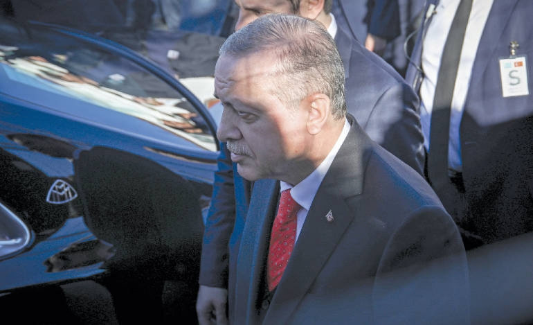 Τραγική απομυθοποίηση Ερντογάν σε Ιντλίμπ